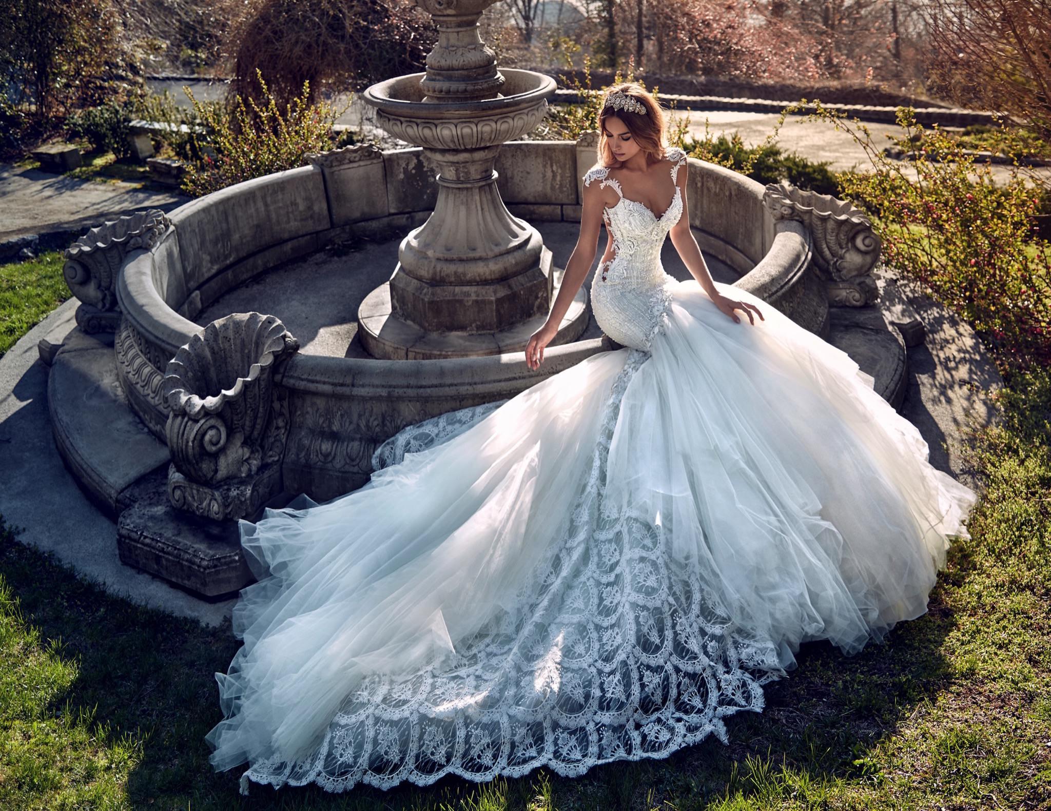 Tipuri de trenă ce desăvârșesc frumusețea rochiei de mireasă