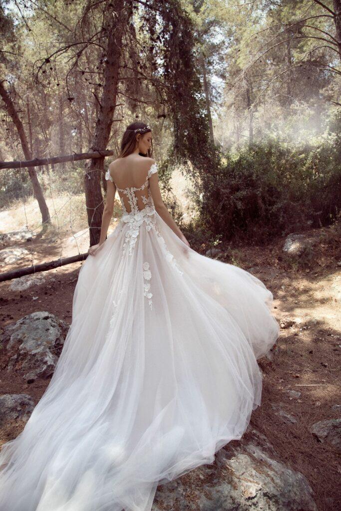 Rochie de mireasă Gala 904 by Galia Lagav, disponibila la comandă