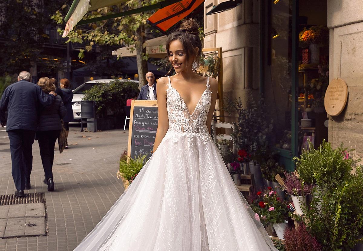 Cum arată rochia de mireasă perfectă pentru o nuntă de vară