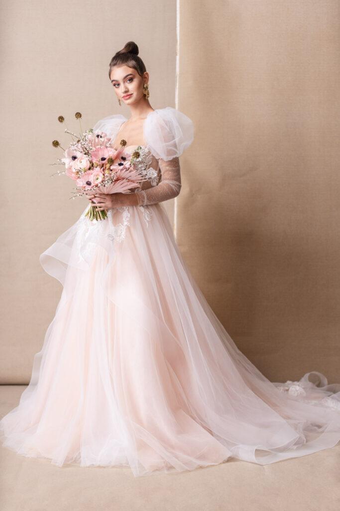 rochii de mireasa si buchete de flori