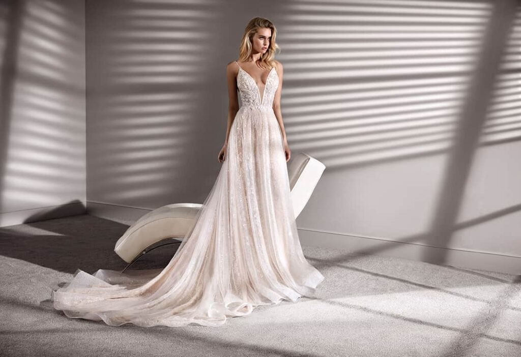 rochii de mireasa Nicole Milano
